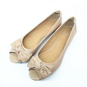 Clark's Women's Ope Toe Flats